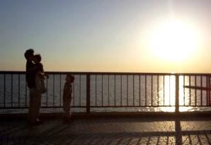 東京湾と父子